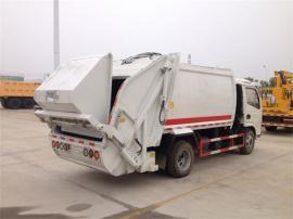 自装卸式垃圾车价格
