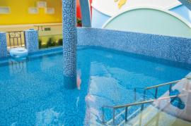 建造幼儿园游泳池公司