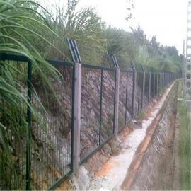 现货批发框架护栏网 浸塑草绿色围栏网 铁网护栏 草地围栏网