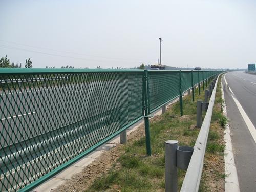 高速防眩网厂家|防眩网规格|护栏网