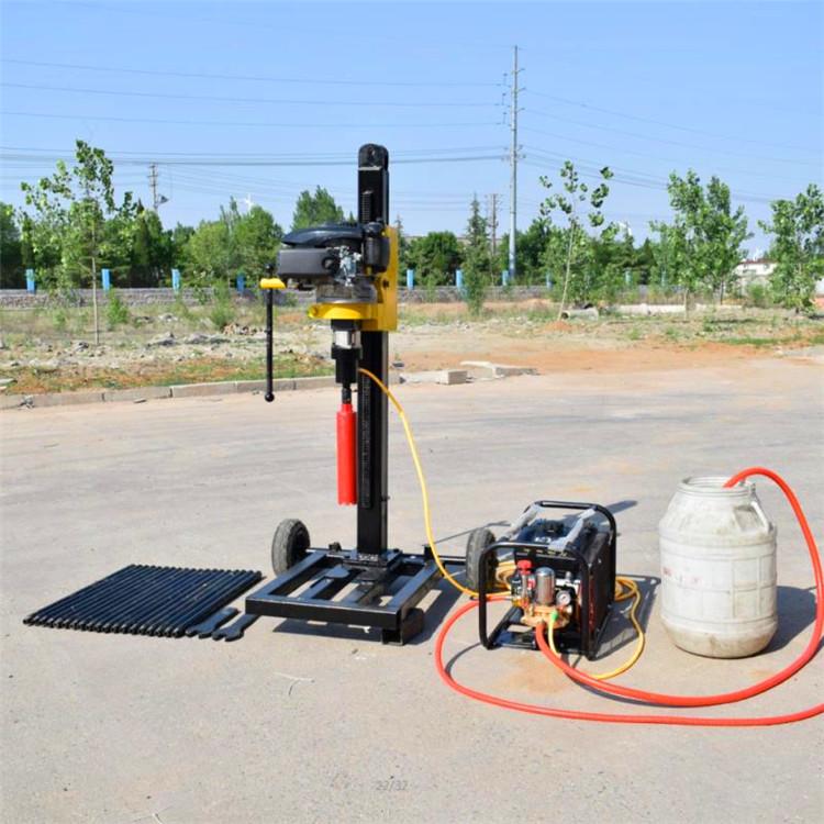 小型汽油�C背包取芯勘探回�D式山地�@�C30米地�|探�y山地�@�C