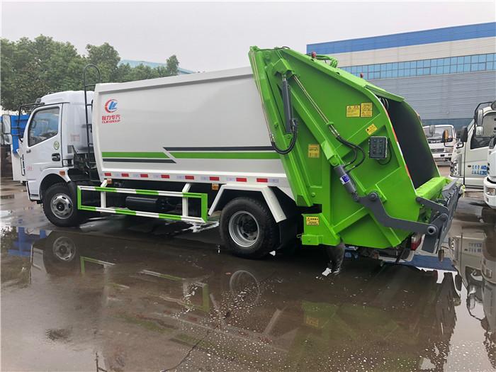 东风5吨垃圾车