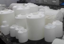 塑料蓄水桶�格