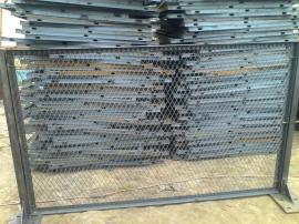防眩网高速公路隔离网国标钢板网护栏菱形孔防眩网