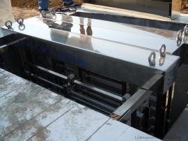 华北百货直供白口铁材质灯管 淹没式过流式明渠式埃抗菌器