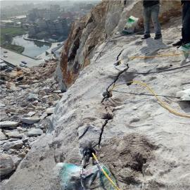 9米深基坑岩石开挖劈裂器