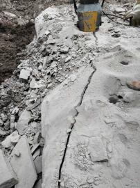 挖基坑硬石头劈裂机