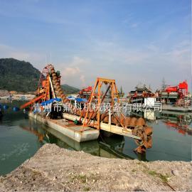 鼎科挖沙船定制 大型链斗式挖沙船 挖斗式挖沙淘金船厂家定制