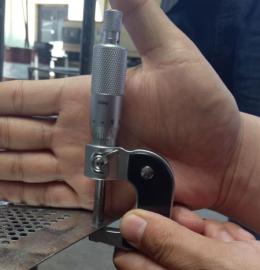 304拉丝面不锈钢材质冲孔板网,316圆孔板网@过滤筛板
