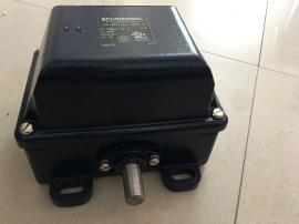 安川 异步电机 SST4-3015CKAS-JW21 380V 15kW