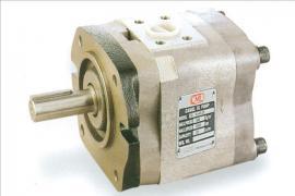 YEESEN气动隔膜泵自吸泵VP-20-20-F/AI益圣油泵稳态性能研究结果