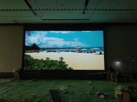 宴会厅装一块舞台背景显示屏要多少钱 宴会厅电子屏安装