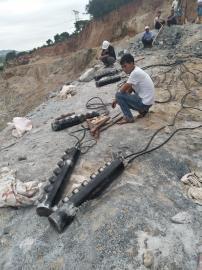大型�r石分裂�C�裂棒