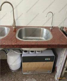 观澜净水器安装师傅 直饮水机安装师傅 直饮水设备安装师傅