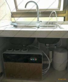 大鹏新区净水器安装师傅 直饮水机安装师傅 直饮水设备安装师傅