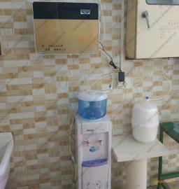 坪山新区净水器安装师傅 直饮水机安装师傅 直饮水设备安装师傅