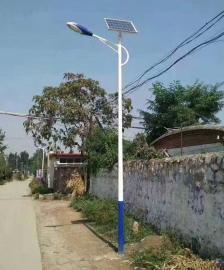 乡村振兴促进太阳能路灯行业发展