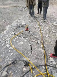 修路开采花岗岩分裂机
