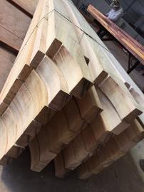 非洲菠萝格板材和巴新菠萝格地板的区别及优点
