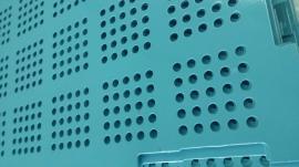 恺嵘现货镀锌板冲孔爬架网冲孔网绿色龙骨黄色网片爬架网