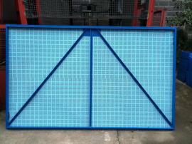 恺嵘定制施工爬架网 高层建筑爬架安全网片 爬架防护多孔板