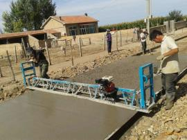 混泥土摊铺机 路面汽油振动梁 混凝土整平机