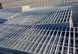 恺嵘穿孔钢格板 楼梯踏步钢格板 水沟盖钢格板现货