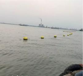 公园湖面警示防下水标识浮体效果