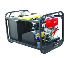 马哈MH 20/15 DE 工业级柴油引擎驱动冷热水高压清洗机