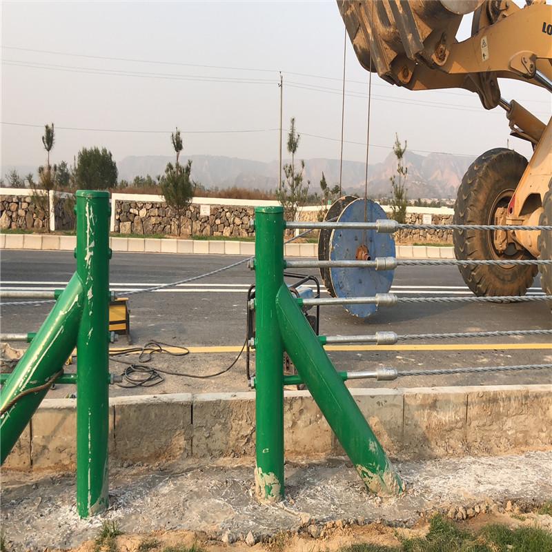 缆索护栏钢绞线拉杆锚具缆瑞托架配件
