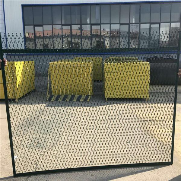 防护栅栏-蒙华铁路防护栅栏-钢板网铁路防护栅栏