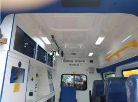 小型救护车配置