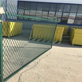 蒙华铁路防护栅栏-蒙华铁路钢板网防护栅栏-角铁钢板网防护栅栏
