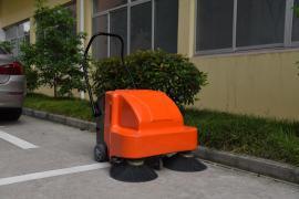 工厂厂房用手推式扫地机|车间地面清洁用扫地机