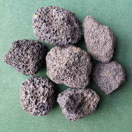 人工湿地火山岩