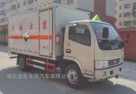 东风多利卡腐蚀性物品厢式运输车 小型厢式运输车