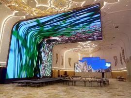 展厅半圆弧形室内LED电子显示屏制作公司报价方案