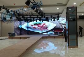 室内会议室LED电子屏多功能舞台大厅适合做型号p2.5每平米多少钱