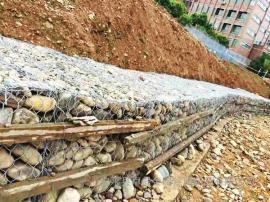 【卓昌】堤坡防护选用铅丝石笼护坡护脚原因