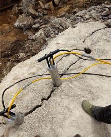 快速破除石方设备液压撑石机比炮机速度快