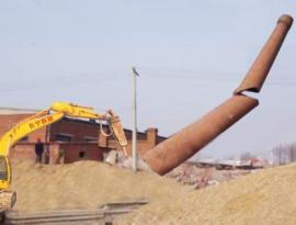 专业人工拆除砖烟囱 水泥烟筒爬梯护网更换 锅炉烟筒避雷针更换