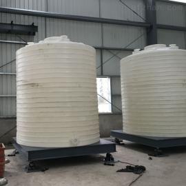 肥料贮罐 大型PE肥料贮罐,材质PE储罐