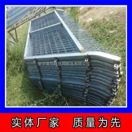 铁路线路封闭网 高铁防护栅栏 边框焊接隔离栅 铁路护栏网报价