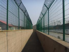 监狱刀刺隔离网-看守所隔离网墙-刀刺隔离网厂
