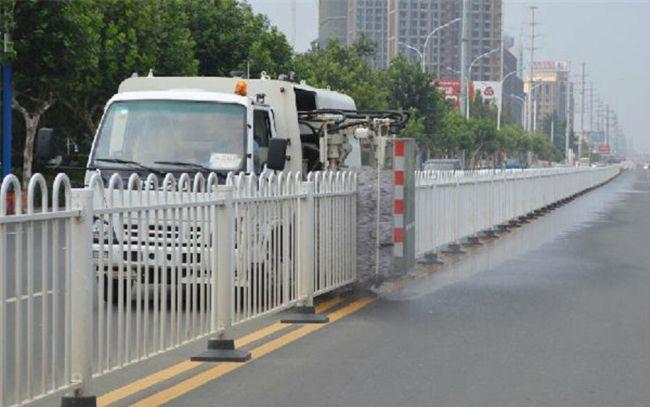 小型绿化带护栏清洗车市政道路护栏清洗车装置