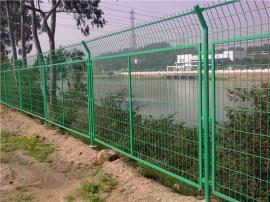 铁路铁栅栏
