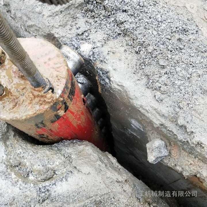 隧洞掘进劈裂机
