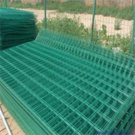 浸塑框架护栏网 场地热镀锌边框围挡 低碳钢丝电焊网