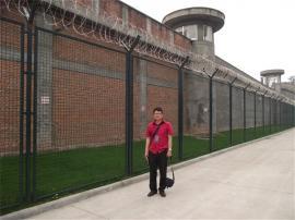 看守所框架隔离网-看守所钢丝防护网-监狱刀刺防护网安装