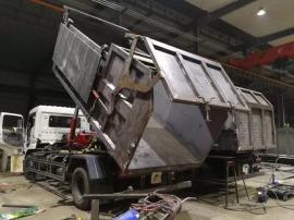 东风新规10吨12方污泥运输车/内衬不锈钢12方污泥自卸车